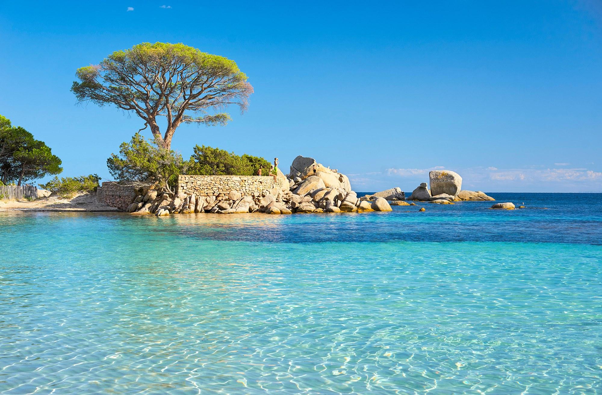 Intalnire gratuita Corsica)